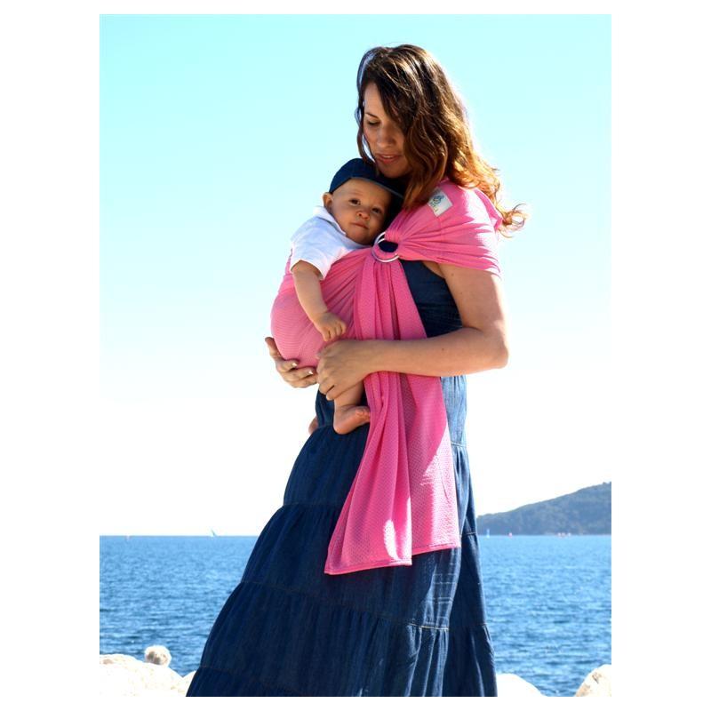 e655ecb77f0 Le porte-bébé Sukkiri est un sling fait de maille douce et respirante. La  maille laisse efficacement s échapper votre chaleur et celle de votre bébé.