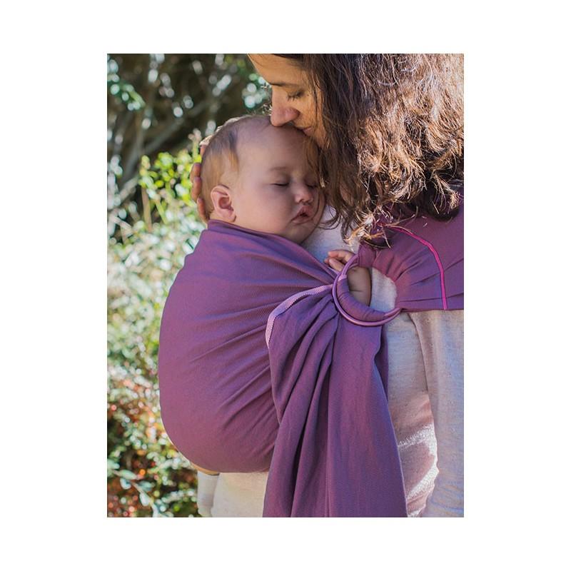 05b193f3122f Le sling de portage de Neobulle bulline est une petite écharpe sans noeud  et un porte-bébé « tout prêt » qui permet un portage respectueux dans une  position ...
